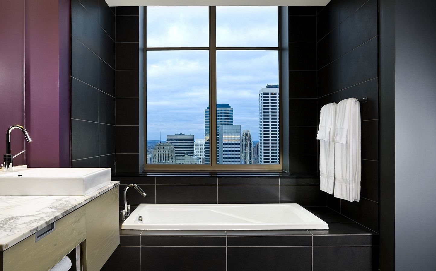 Marvelous Suite | W Minneapolis - The Foshay